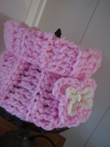 Crochet Cowl with optional Double Flower